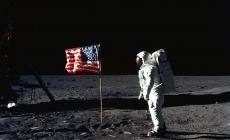 Costumul de astronaut