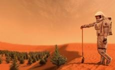 8 romani se muta pe Marte