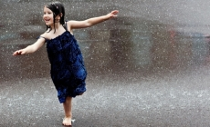 Cum miroase ploaia