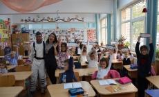 Capitanul Raxo si Secundul Noni au vizitat cadetii inscrisi in competitia Green School Festival